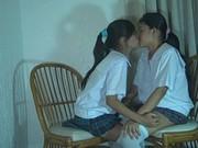 หลุดสองสาวนักเรียนนานาชาติ18+ โดดเรียนมาเล่นเสียวในห้อง เลสเบี้ยน เลียหีอย่างเสียวxxx ลีลาอย่างเงี่ยน ขยำนมเร้าใจมากๆ