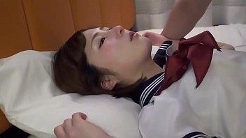 คลิปโป๊AV  นักเรียนสาวนอนให้แฟนหนุ่มเย็ดอย่างมันส์ กระแทกหีแรงเย็ดเสียวจนนํ้าเงี่ยนแตกคาหีลีลาเด็ดมาก